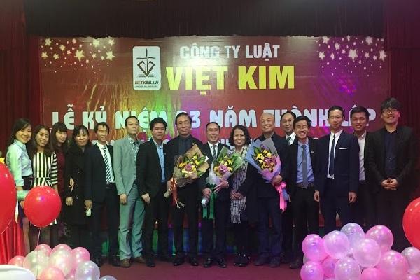Luật Việt Kim